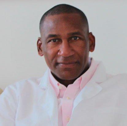 Dr. Jorge Bubaire